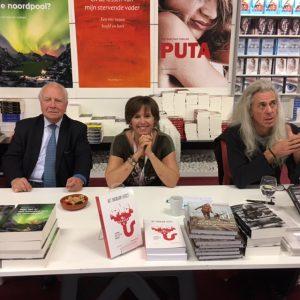 Mark Eyskens, Guido Belcanto & Meredith Van Overloop op de Boekenbeurs Antwerpen